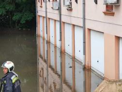 Több épületet elárasztott az esővíz