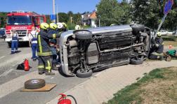Két személygépkocsi ütközött össze Budakeszin